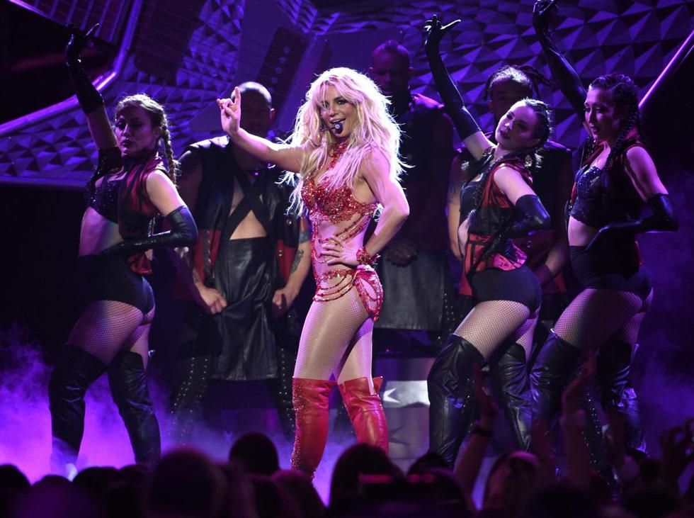 Britney Spears lên tiếng chống lại quyền bảo hộ: Bị ép đặt vòng tránh thai, cấm sinh con - Ảnh 2.