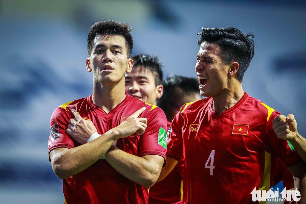 Hình ảnh khoảnh khắc quyết định trận đấu giữa Việt Nam và Indonesia - Ảnh 3.