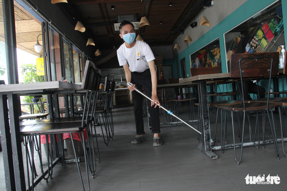 Dân Đà Nẵng tìm lại cảm giác quán xá sau một tháng đóng cửa - Ảnh 4.