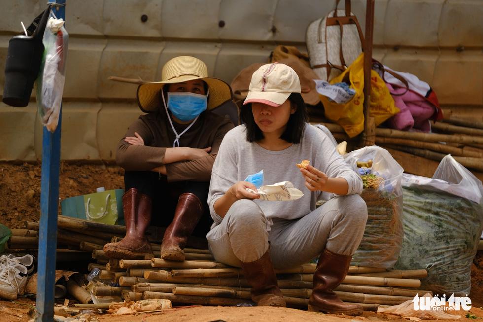 Người Đà Lạt hào phóng, tặng Sài Gòn nguyên vườn rau - Ảnh 7.