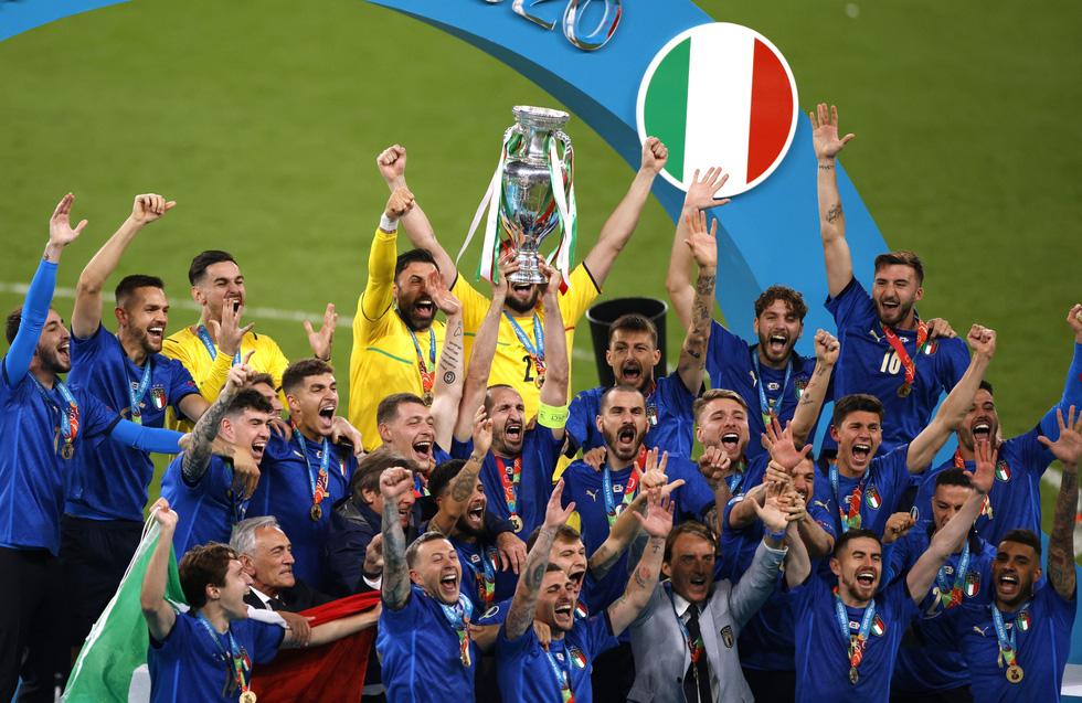 Những khoảnh khắc định đoạt trận chung kết Euro 2020 - Ảnh 24.
