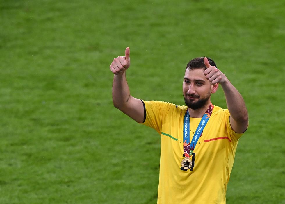 Những khoảnh khắc định đoạt trận chung kết Euro 2020 - Ảnh 25.