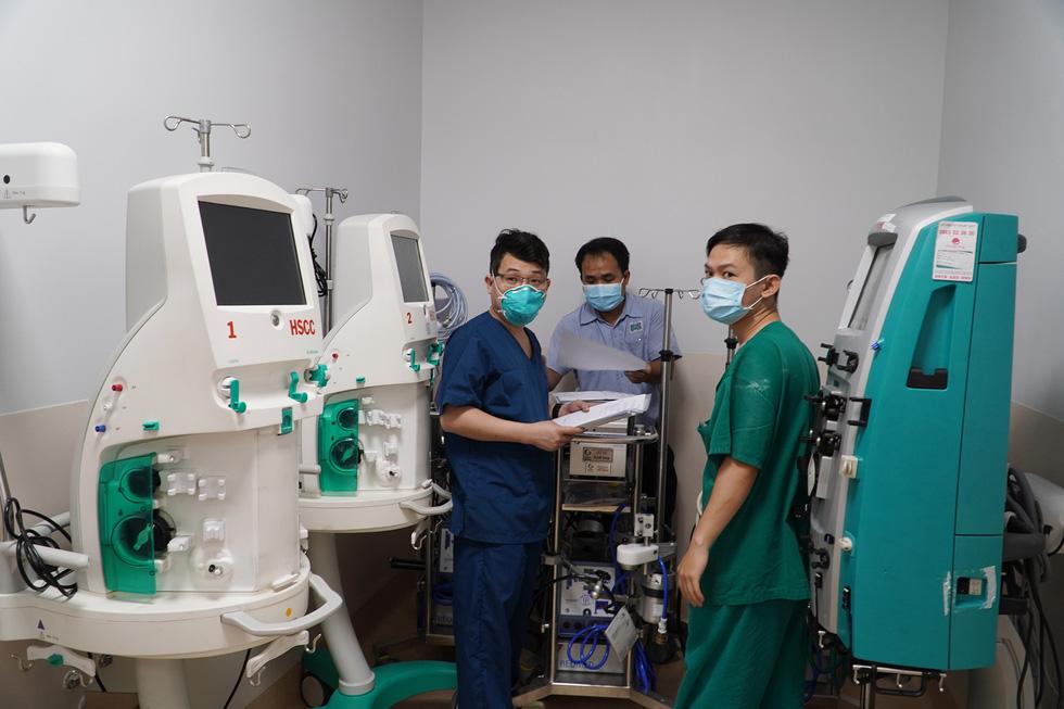 Cận cảnh bệnh viện 1.000 giường điều trị bệnh nhân COVID-19 nặng - Ảnh 8.