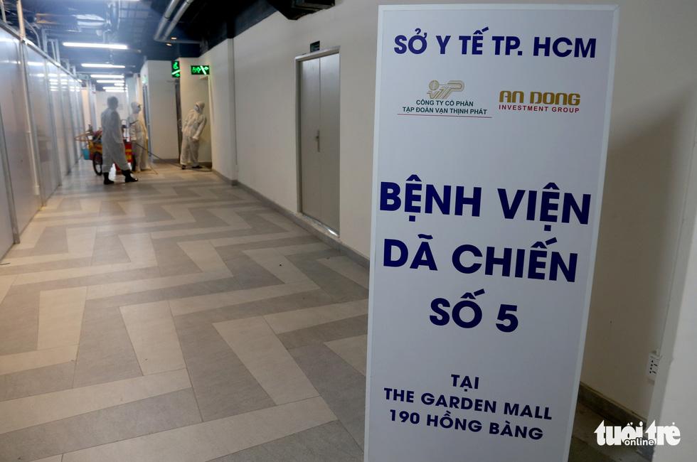 Bên trong Bệnh viện dã chiến số 5 Thuận Kiều Plaza trước giờ nhận bệnh - Ảnh 1.