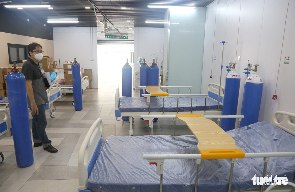 Bên trong Bệnh viện dã chiến số 5 Thuận Kiều Plaza trước giờ nhận bệnh - Ảnh 3.