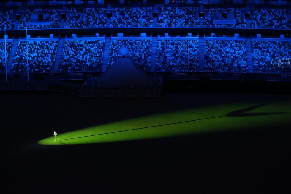 Đài lửa đã được thắp sáng, Olympic 2020 chính thức khai mạc - Ảnh 42.