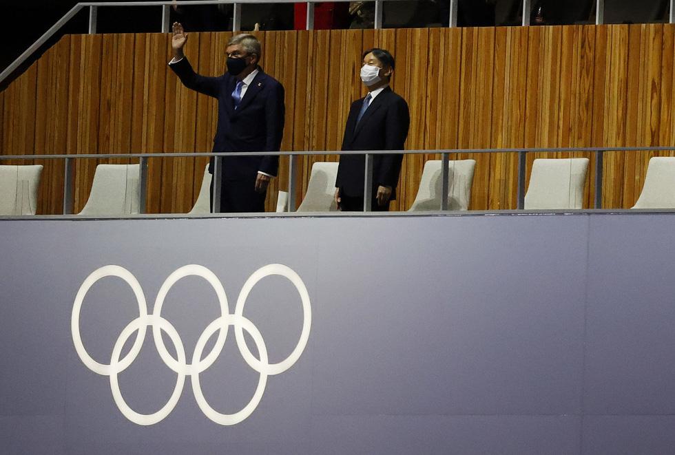 Đài lửa đã được thắp sáng, Olympic 2020 chính thức khai mạc - Ảnh 39.