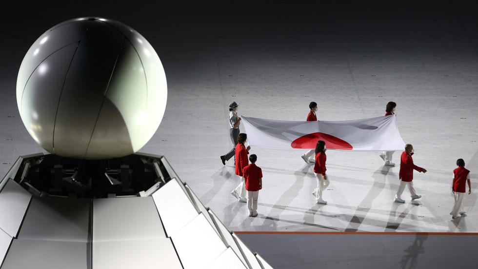 Đài lửa đã được thắp sáng, Olympic 2020 chính thức khai mạc - Ảnh 38.