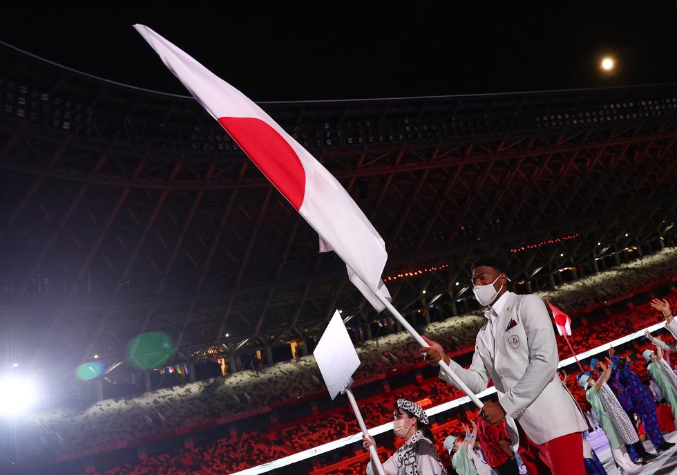 Đài lửa đã được thắp sáng, Olympic 2020 chính thức khai mạc - Ảnh 17.