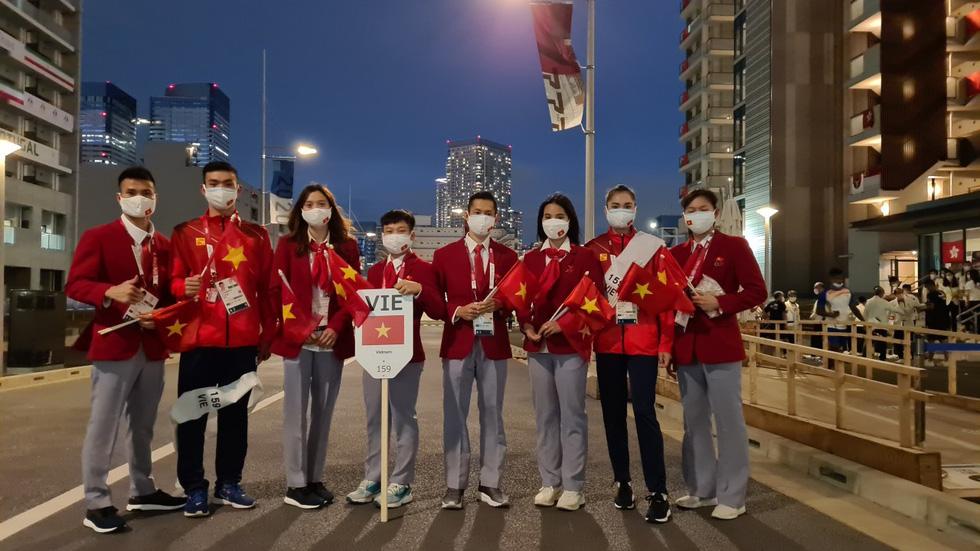 Đài lửa đã được thắp sáng, Olympic 2020 chính thức khai mạc - Ảnh 22.
