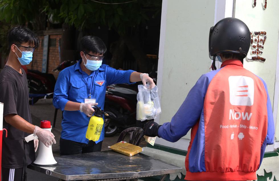 Những chốt chặn bảo vệ vùng xanh ở Sài Gòn - Ảnh 2.