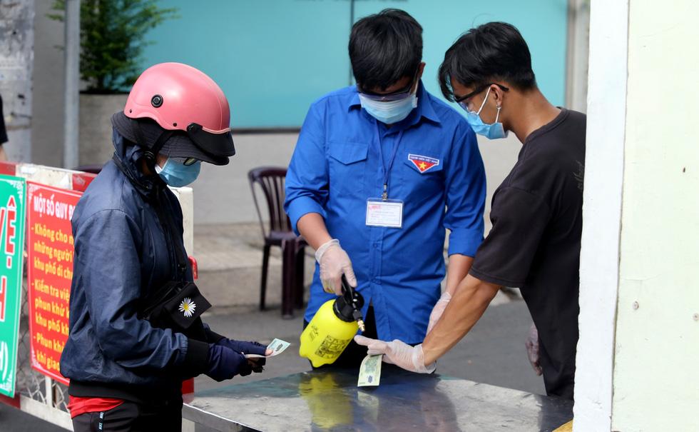 Những chốt chặn bảo vệ vùng xanh ở Sài Gòn - Ảnh 5.