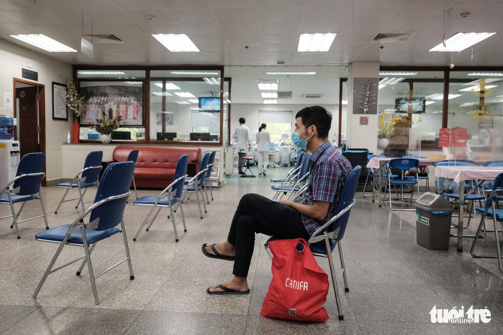 'Anh xế miễn phí' chạy phân khối lớn đưa người dân đi hiến máu tình nguyện - Ảnh 8.