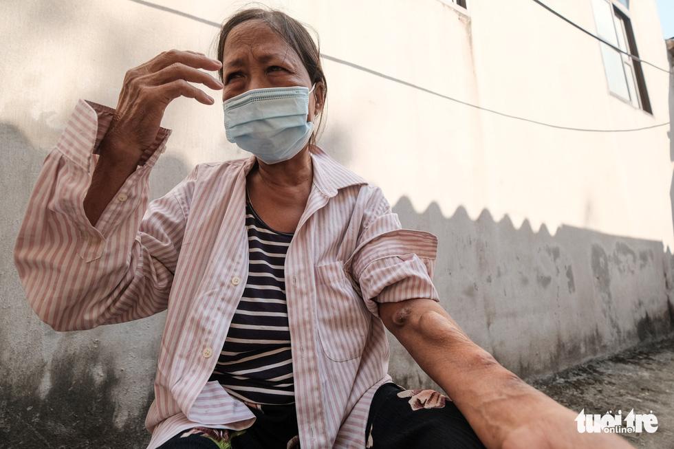 Những phận người xóm chạy thận nơi rìa thành phố trong dịch bệnh - Ảnh 8.