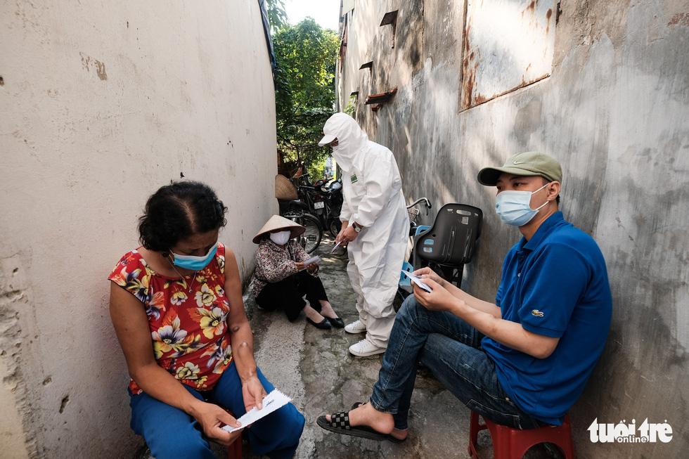 Những phận người xóm chạy thận nơi rìa thành phố trong dịch bệnh - Ảnh 10.