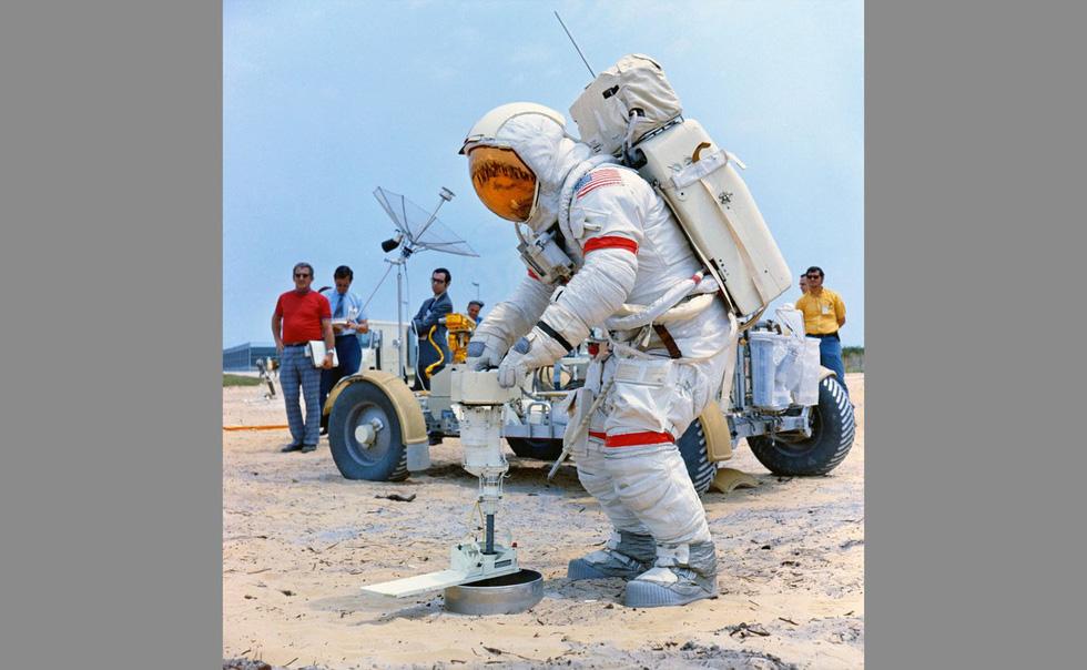 50 năm con người lái xe trên Mặt trăng - Ảnh 6.