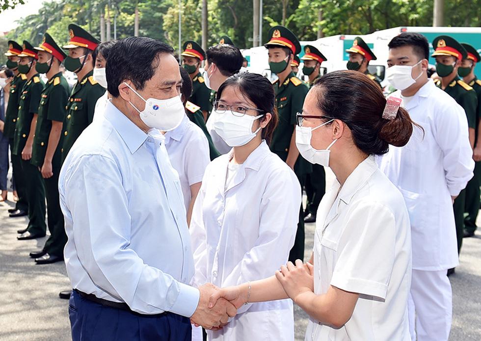 Thủ tướng gửi thư động viên các lực lượng tuyến đầu phòng, chống dịch COVID-19 - Ảnh 1.