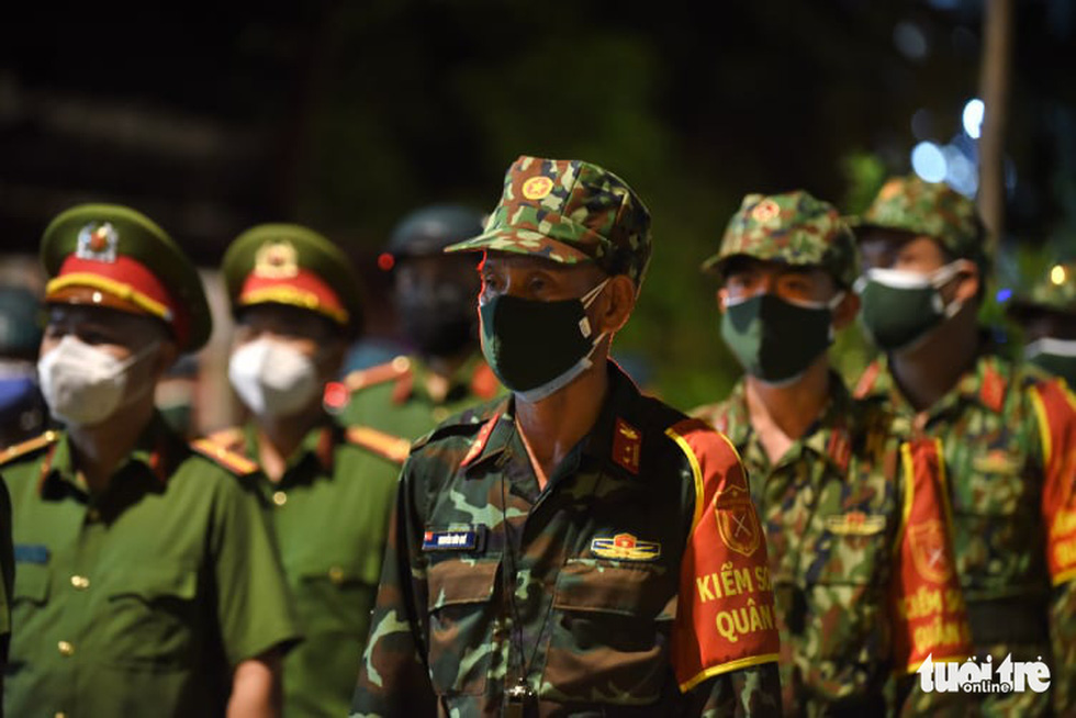 Bộ tư lệnh TP.HCM làm lễ xuất quân lúc 23h ngày 22-8 - Ảnh 8.