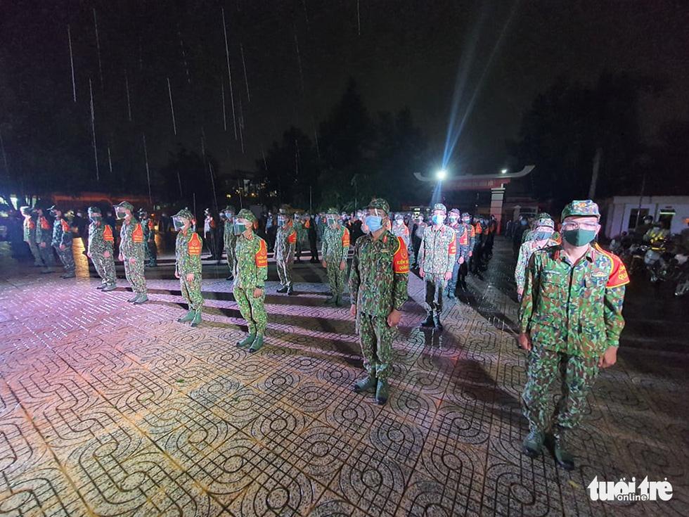 Bộ tư lệnh TP.HCM làm lễ xuất quân lúc 23h ngày 22-8 - Ảnh 9.