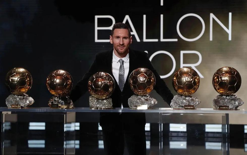 Sự nghiệp của Messi tại Barca qua ảnh - Ảnh 14.