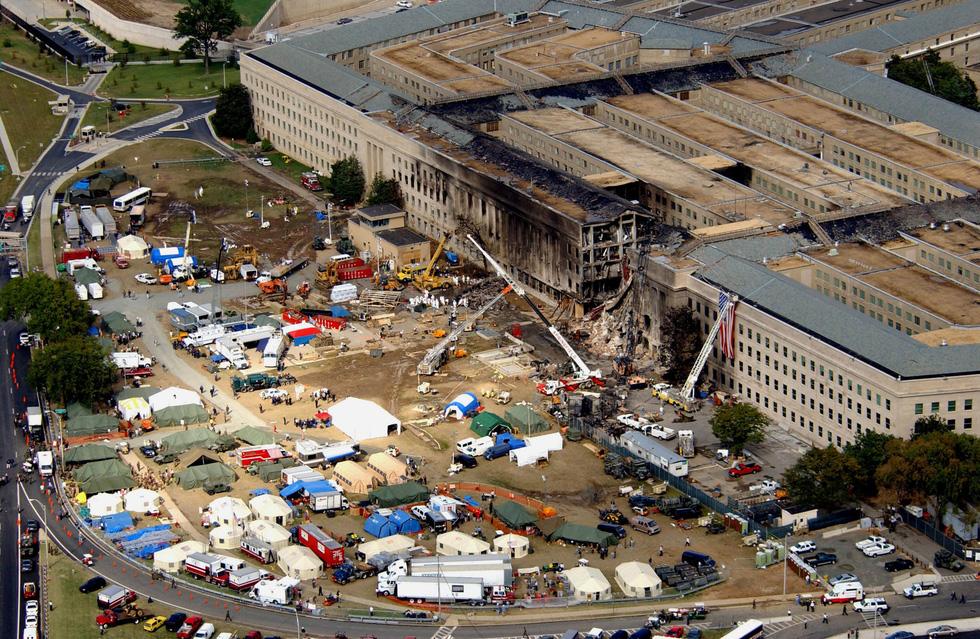 Toàn cảnh vụ khủng bố ngày 11-9-2001 làm thay đổi nước Mỹ - Ảnh 10.