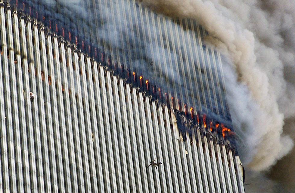 Toàn cảnh vụ khủng bố ngày 11-9-2001 làm thay đổi nước Mỹ - Ảnh 7.
