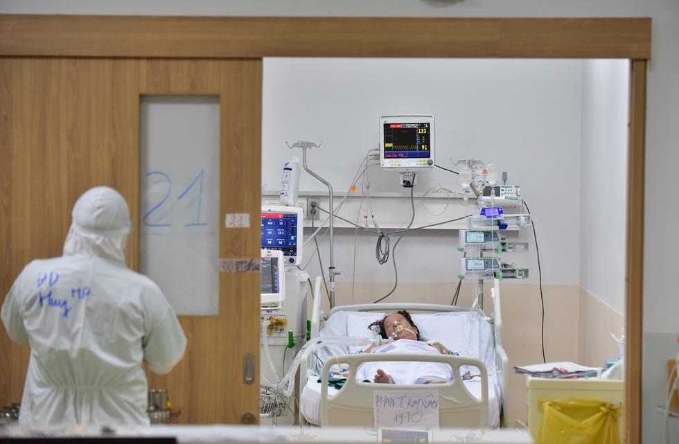 Cuối tháng 10 các bệnh viện dã chiến ở TP.HCM ngừng hoạt động, hoàn thành sứ mệnh - Ảnh 3.