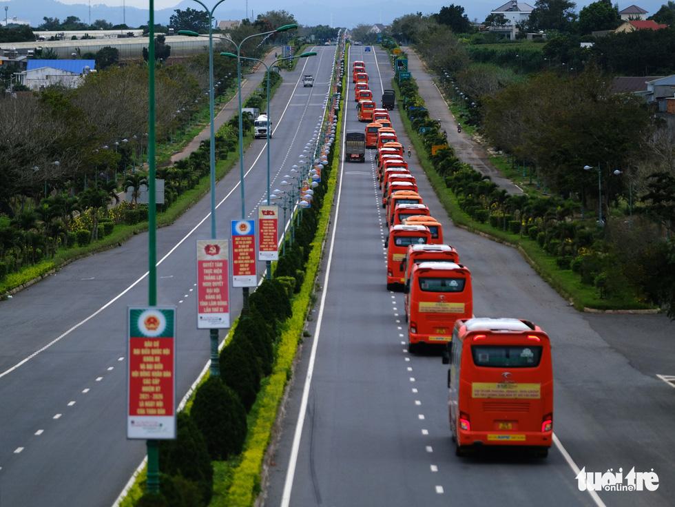 TP.HCM đã đón nhận hơn 5.500 tấn nông sản sạch Lâm Đồng gửi tặng - Ảnh 2.
