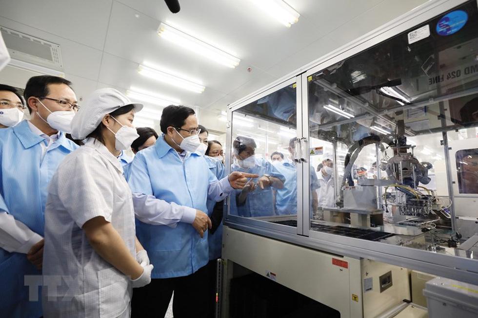 Thủ tướng thăm Nhà máy Samsung Electronics Việt Nam Thái Nguyên - Ảnh 3.