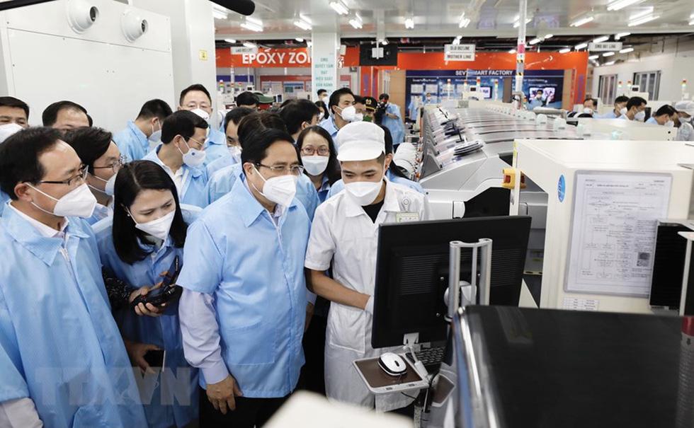 Thủ tướng thăm Nhà máy Samsung Electronics Việt Nam Thái Nguyên - Ảnh 4.