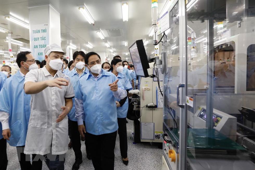 Thủ tướng thăm Nhà máy Samsung Electronics Việt Nam Thái Nguyên - Ảnh 5.
