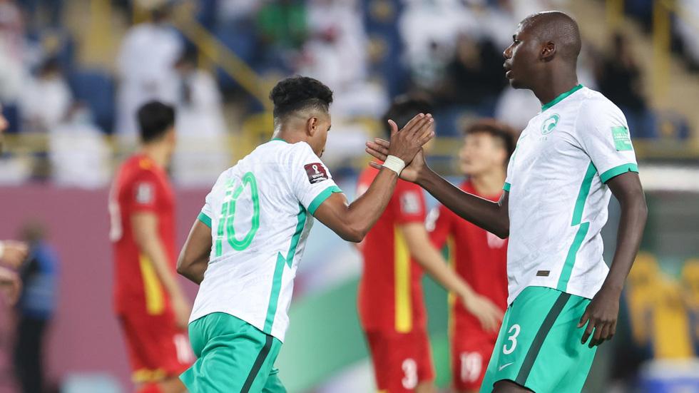 Đá thiếu người, Việt Nam thua Saudi Arabia ở trận ra quân vòng loại thứ 3 World Cup 2022 - Ảnh 1.