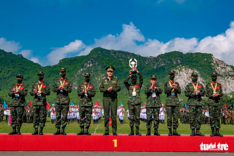 Army Games 2021 bế mạc, đội tuyển Việt Nam về nhất cuộc thi 'xạ thủ bắn tỉa' - Ảnh 5.