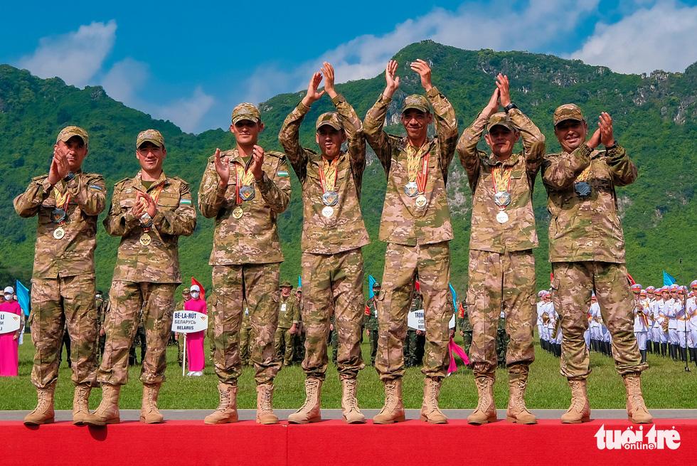 Army Games 2021 bế mạc, đội tuyển Việt Nam về nhất cuộc thi 'xạ thủ bắn tỉa' - Ảnh 6.