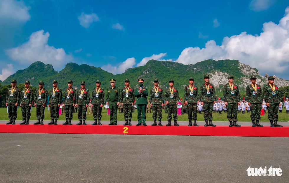 Army Games 2021 bế mạc, đội tuyển Việt Nam về nhất cuộc thi 'xạ thủ bắn tỉa' - Ảnh 9.