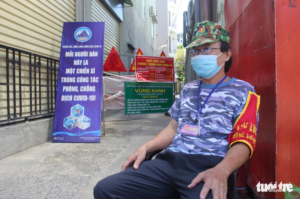 Ngày bình thường mới đầu tiên, quán xá vùng xanh Đà Nẵng chưa mặn mà mở bán - Ảnh 6.