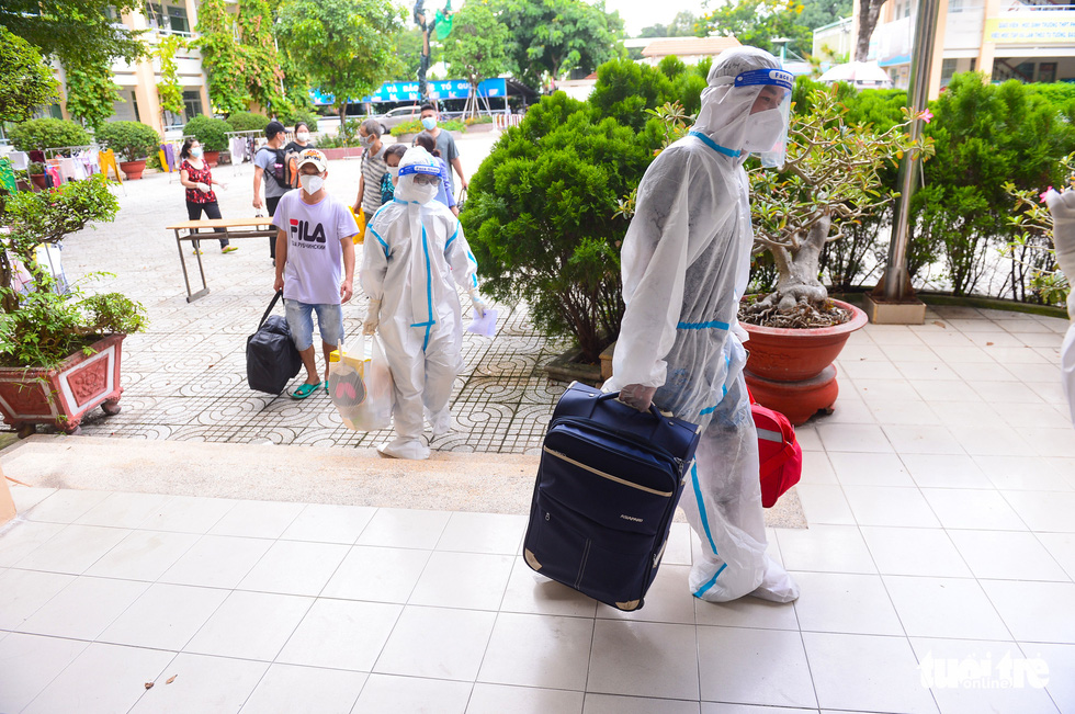 Những F0 khỏi bệnh đồng hành cứu người ở Phú Nhuận - Ảnh 7.