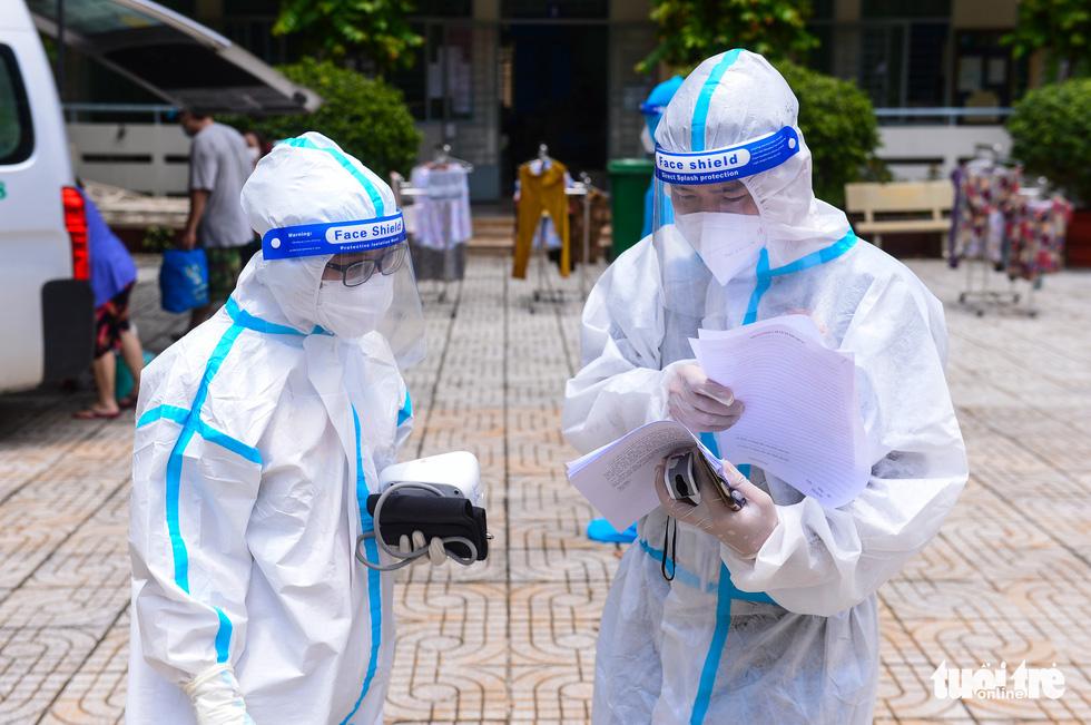 Những F0 khỏi bệnh đồng hành cứu người ở Phú Nhuận - Ảnh 10.