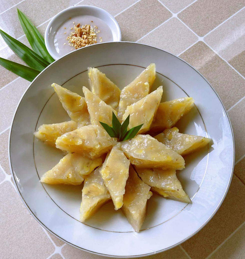 Nhà thiết kế công chúa Nguyễn Minh Công trổ tài làm bánh Nam Bộ - Ảnh 16.