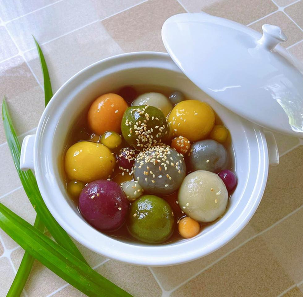 Nhà thiết kế công chúa Nguyễn Minh Công trổ tài làm bánh Nam Bộ - Ảnh 19.