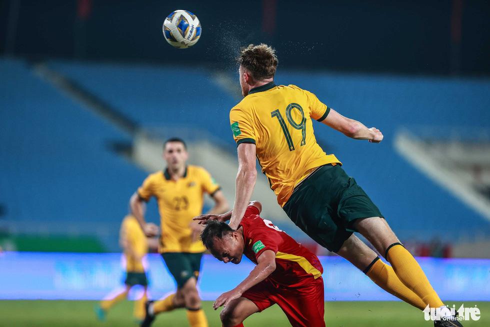 Harry Souttar - hòn đá tảng khổng lồ của đội tuyển Úc - Ảnh 1.