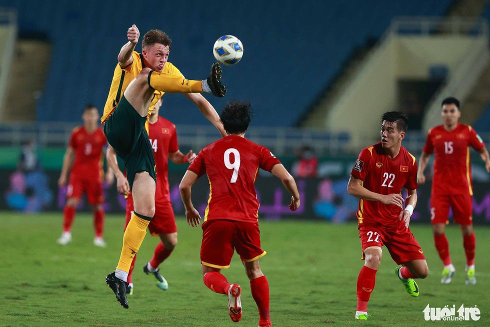 Harry Souttar - hòn đá tảng khổng lồ của đội tuyển Úc - Ảnh 3.
