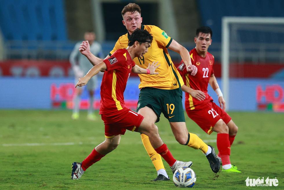 Harry Souttar - hòn đá tảng khổng lồ của đội tuyển Úc - Ảnh 5.