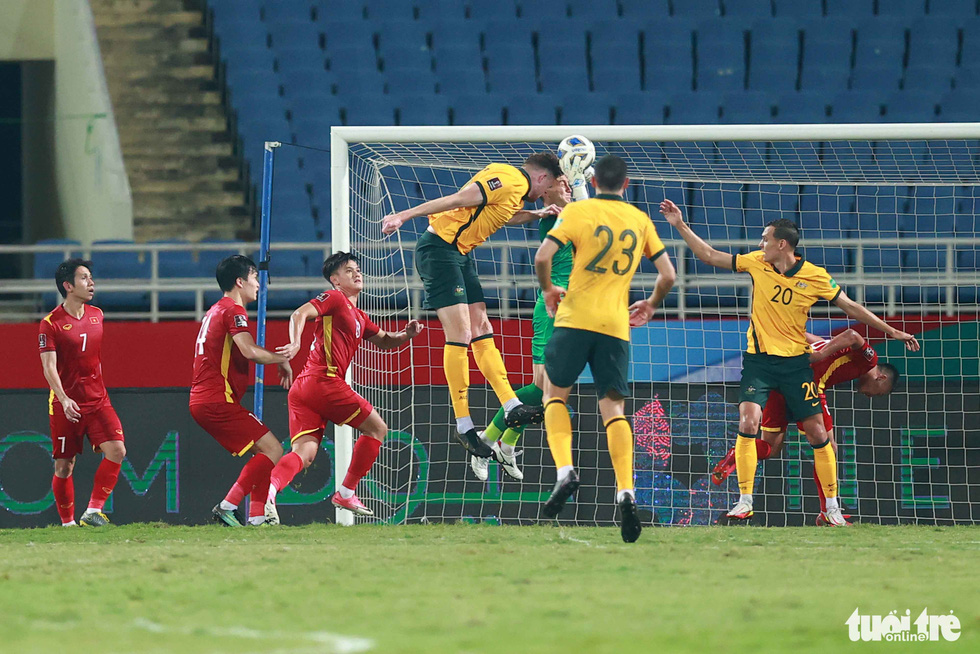 Harry Souttar - hòn đá tảng khổng lồ của đội tuyển Úc - Ảnh 6.