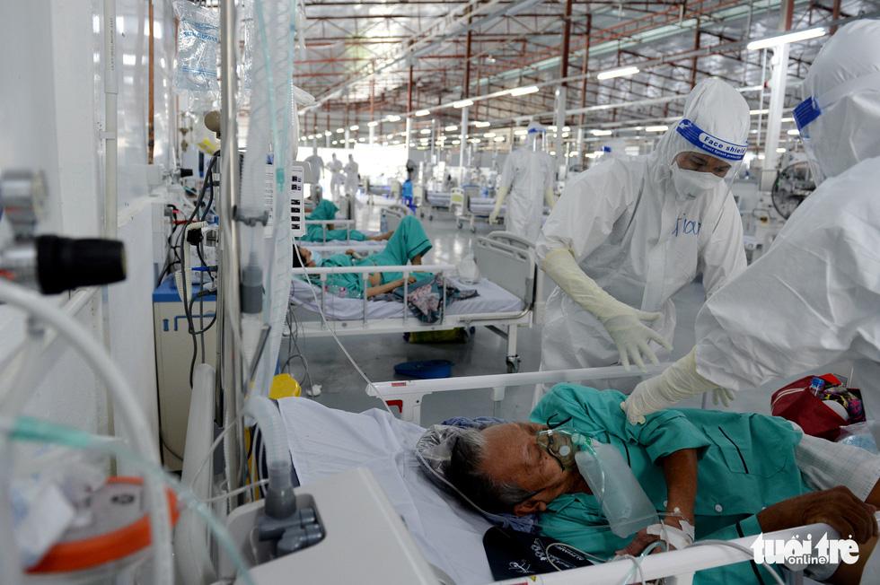 Bệnh viện dã chiến thuộc Bộ Công an nâng tầng điều trị - Ảnh 3.