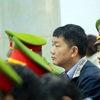Phạt ông Đinh La Thăng 13 năm tù, ông Trịnh Xuân Thanh tù chung thân