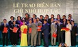 UBND TP Hà Nội tặng bằng khen cho ĐH Anh Quốc Việt Nam