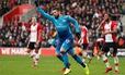 Giroud cứu Arsenal thoát thua trước Southampton