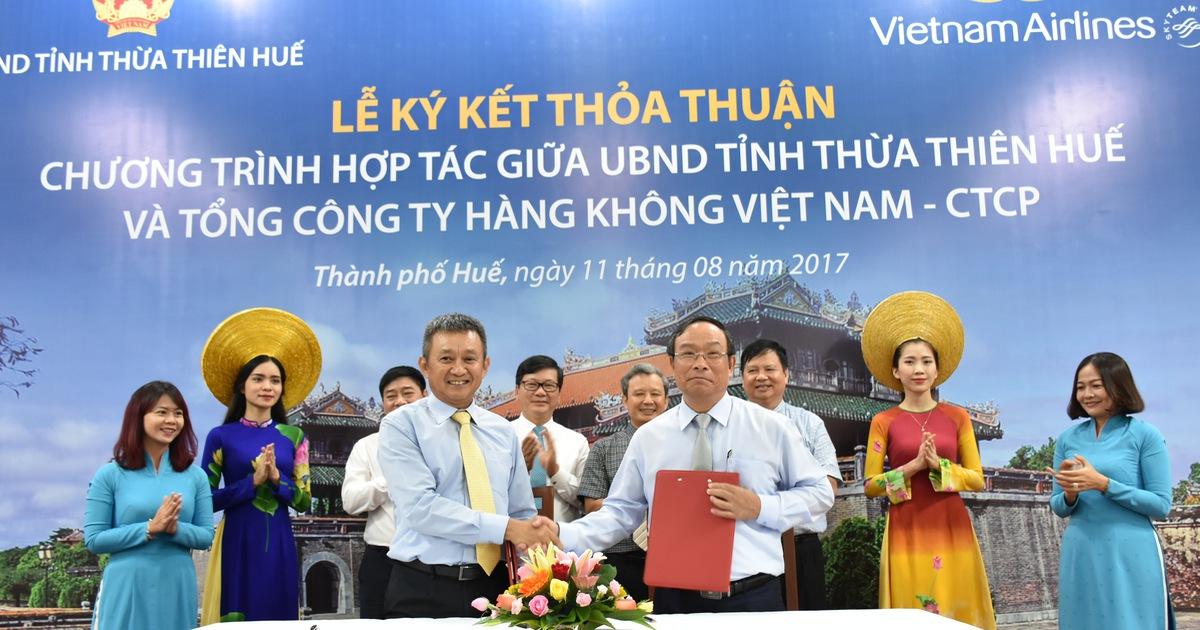 Huế và Vietnam Airlines tăng cường hợp tác quảng bá du lịch