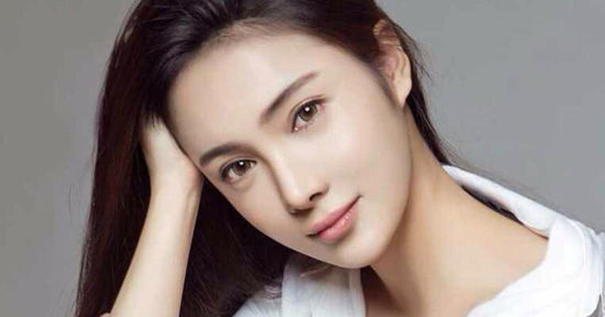 Nữ diễn viên Trung Quốc Nhậm Kiều khỏa thân nhảy lầu tự tử?